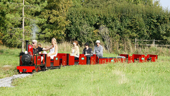Barnards Miniature Railway - Photo: © Ian Boyle 9th September 2014 - www.simplonpc.co.uk