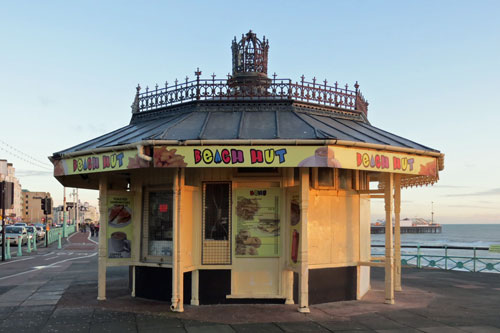 Brighton Beach Hut - Photo: � Ian Boyle, 27th December 2012 - www.simplonpc.co.uk