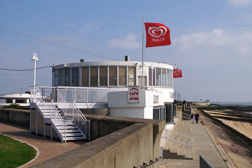 Canvey Labworth Cafe - Photo: © Ian Boyle, 15th September 2006 - www.sinplonpc.co.uk