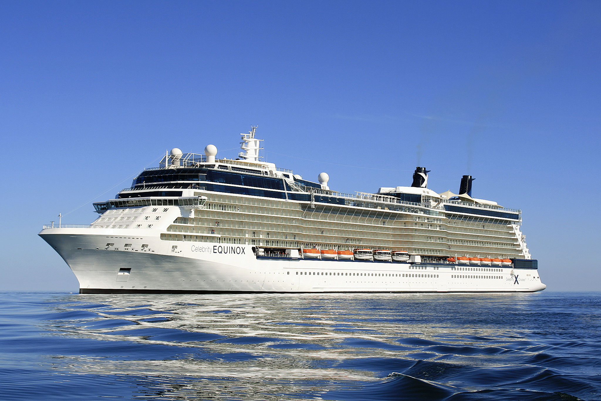 22 Pictures of the Amazing Celebrity Equinox