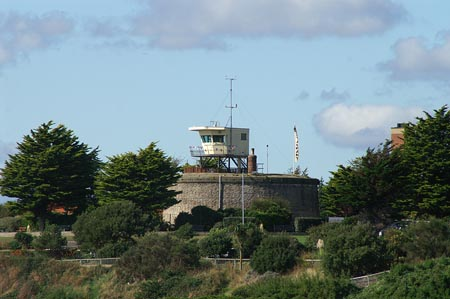 Martello Tower D at Clacton - Photo: © Ian Boyle, 30th September 2006 - www.simplonpc.co.uk