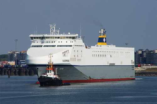 YASMINE - Cobelfret - www.simplonpc.co.uk - Photo: © Ian Boyle, 13th August 2012
