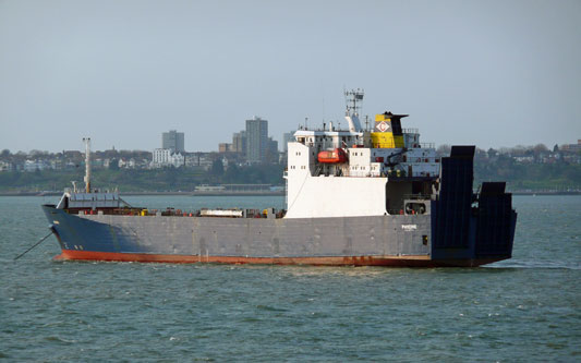 PHOCINE - Cobelfret - Photo: © Ian Boyle, 18th April 2010 - www.simplonpc.co.uk
