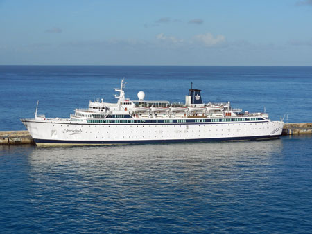 FREEWINDS - Photo �Mike Tedstone 7th January 2012 - www.simplonpc.co.uk - Simplon Postcards