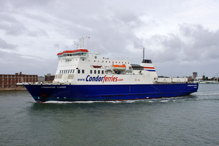 COMMODORE CLIPPER - Conor Ferries - Photo: � Ian Boyle, 8th September 2011 - www.simplon.co.uk