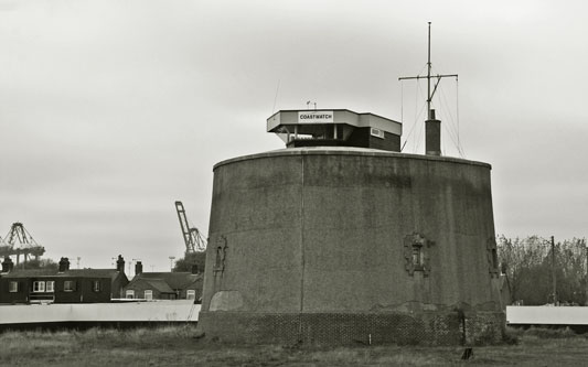 Martello Tower P at Felixstowe - Photo: © Ian Boyle, 14th November 2012 - www.simplonpc.co.uk