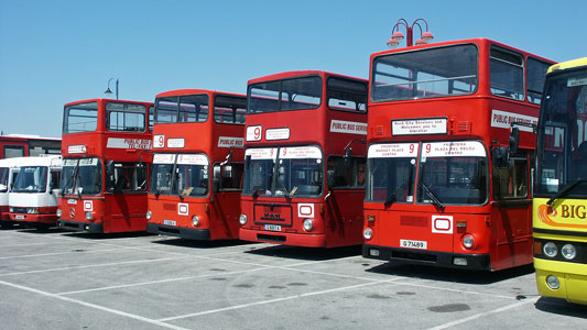 Gibraltar Buses - Photo: © Ian Boyle, 13th April 2004 - www.simplonpc.co.uk