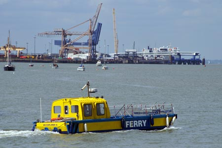 Explorer 12 - Harwich Harbour Ferry - www.simplonpc.co.uk