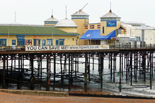 Hastings Pier - Photo: © Ian Boyle, 28th October 2009 - www.simplonpc.co.uk