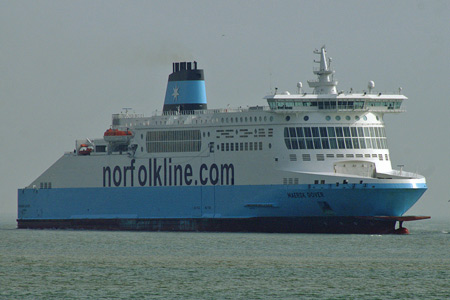 MAERSK DOVER - Norfolk Line - Photo: � Ian Boyle, 4th April 2008 -  www.simplonpc.co.uk