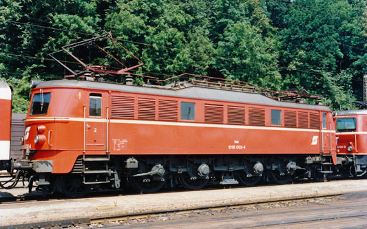 ÖBB Class1018 - Photo: ©1991 Ian Boyle - www.simplompc.co.uk - Simplon Postcards