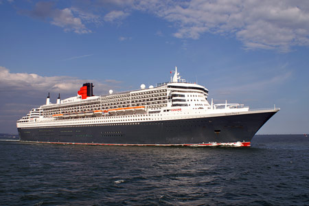 QUEEN MARY 2 - � Ian Boyle, 14th June 2008