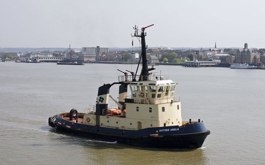 SVITZER REDBRIDGE - Photo: © Ian Boyle, 18th April 2010 - www.simplonpc.co.uk