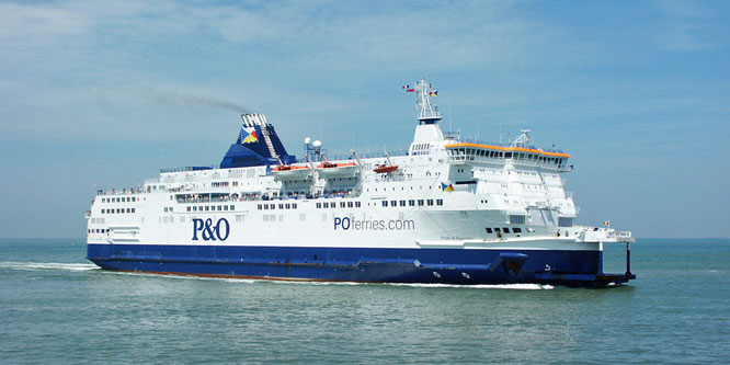 PRIDE OF AQUITAINE - P&O Ferries - Photo: �2003 Ian Boyle - www.simplonpc.co.uk
