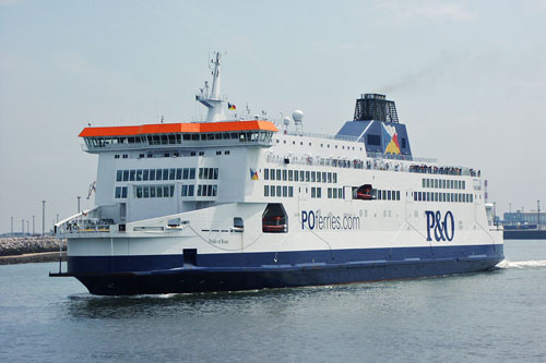 PRIDE OF KENT - P&O Ferries - Photo: �2003 Ian Boyle - www.simplonpc.co.uk