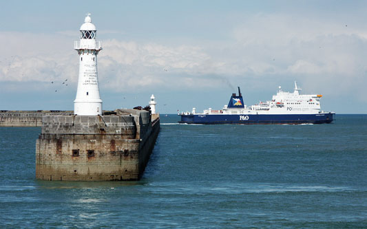 EUROPEAN SEAWAY - P&O Ferries - Photo: �2005 Ian Boyle - www.simplonpc.co.uk