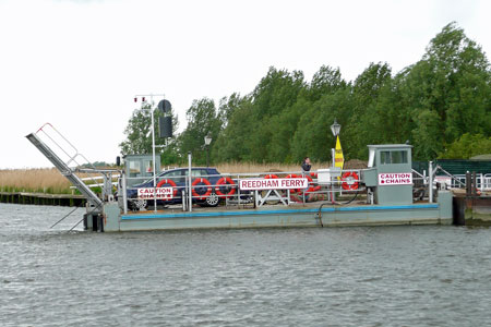 REEDHAM FERRY - Photo: © Ian Boyle, 16th May 2009 -  www.simplonpc.co.uk