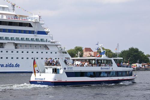 ROSTOCK FERRIES & EXCURSIONS - Photos: © Ian Boyle, 7th August 2007 - www.simplonpc.co.uk - Simplon Postcards