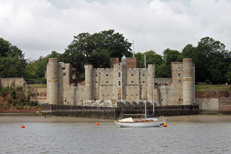 Upnor Castle - Photo: © Ian Boyle, 13th August 2010 - www.simplonpc.co.uk
