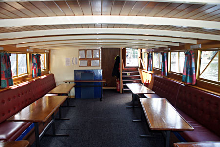 HAMPTON COURT (Salters Steamers) - Photo: �Ian Boyle 2nd September 2010 - www.simplonpc.co.uk