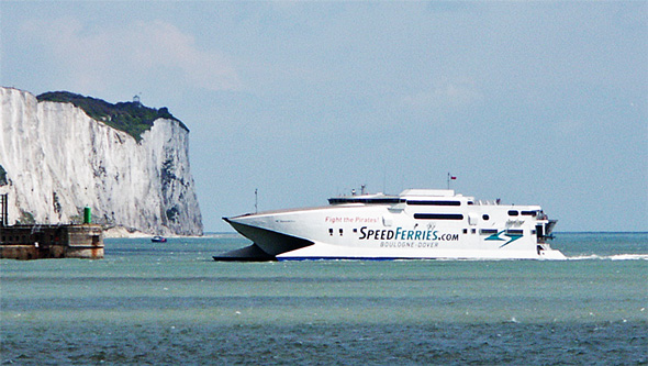 SPEEDONE - SpeedFerries - Simplon Postcards - simplonpc.co.uk - Photo: ©1978 Ian Boyle