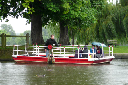 Stratford Ferry - Photo: © Ian Boyle, 4th August 2009