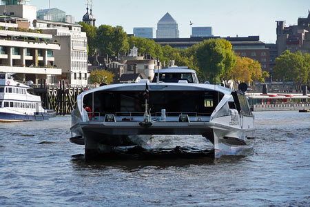 Cyclone Clipper - Thames Clippers - www.simplonpc.co.uk -  Photo: © 2007 Ian Boyle