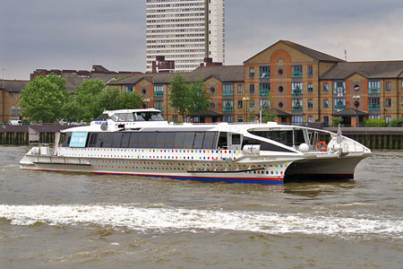 Hurricane Clipper - Thames Clippers -  Photo: © Ian Boyle - www.simplonpc.co.uk