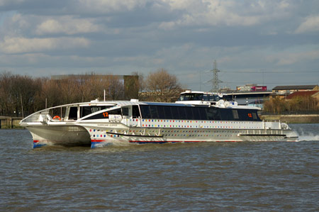 HURRICANE CLIPPER of Thames Clippers - Photo: � Ian Boyle, 2nd March 2009