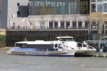 Sun Clipper - Thames Clippers -  Photo: © Ian Boyle - www.simplonpc.co.uk