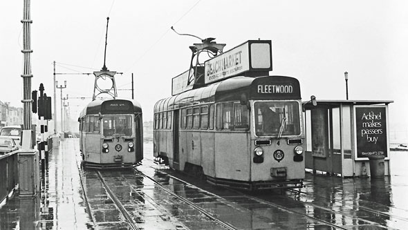 BLACKPOOL TRAMS - Photo: ©1973 Ian Boyle - www.simplompc.co.uk - Simplon Postcards