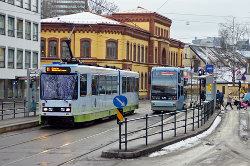 Oslo Trams - Photo: © Ian Boyle 10th December 2012- www.simplompc.co.uk - Simplon Postcards
