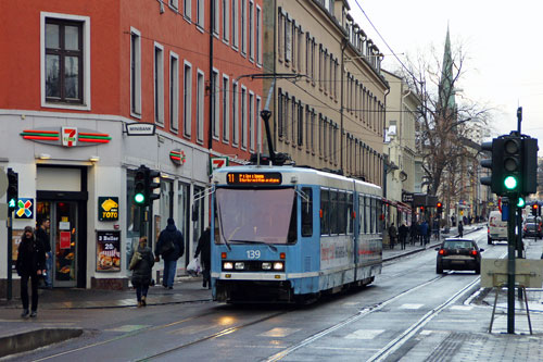 Oslo Trams - Photo: © Ian Boyle 10th December 2012 - www.simplompc.co.uk - Simplon Postcards