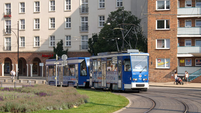 ROSTOCK TRAMS - Photo: ©2007 Jan Boyle - www.simplompc.co.uk - Simplon Postcards