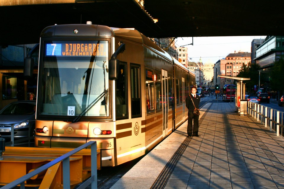 Stockholm Trams - Photo: ©2010 Kalle Id - www.simplompc.co.uk - Simplon Postcards