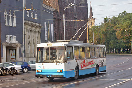 Tallinn Trolleybus - www.simplonpc.co.uk - Photo: © Ian Boyle, August 8th 2007