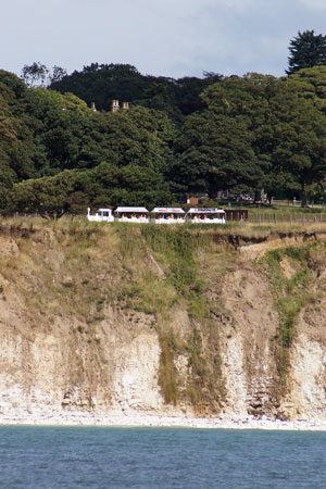 Dotto train on the cliffs - Photo: © Ian Boyle, 13th August 2010 - www.simplonpc.co.uk